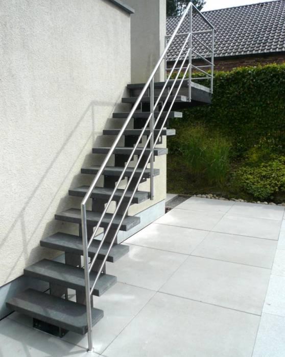 grade up ext escalier de jardin limons en m tal. Black Bedroom Furniture Sets. Home Design Ideas