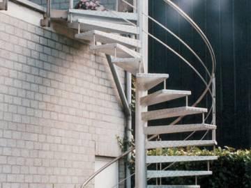 Classic ext escalier ext rieur en aluminium antid rapant for Escalier alu exterieur