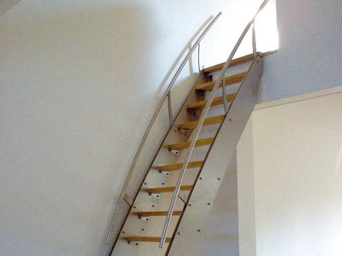 klara inox chelle petit escalier design en inox. Black Bedroom Furniture Sets. Home Design Ideas